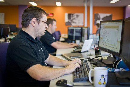 The commercial and technical support, located in OVH.com's offices in Montreal, takes calls and demands from clients, day or night.