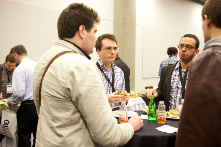The networking lunch was the perfect setting to share with clients, professionals and OVH's team of experts